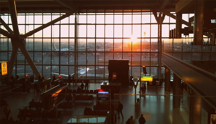 london-airport-hs